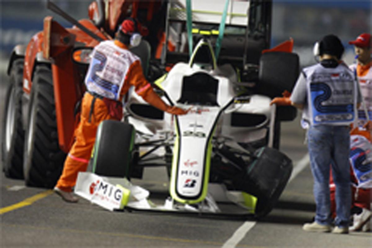 バリチェロがクラッシュ (F1シンガポールGP予選)