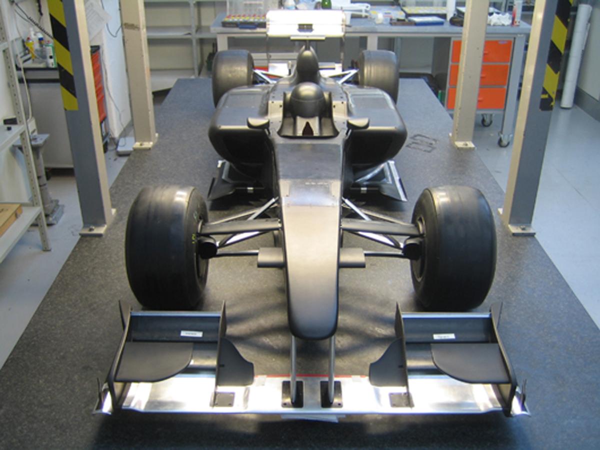 ロータス 2010年F1マシン 風洞モデル(画像)