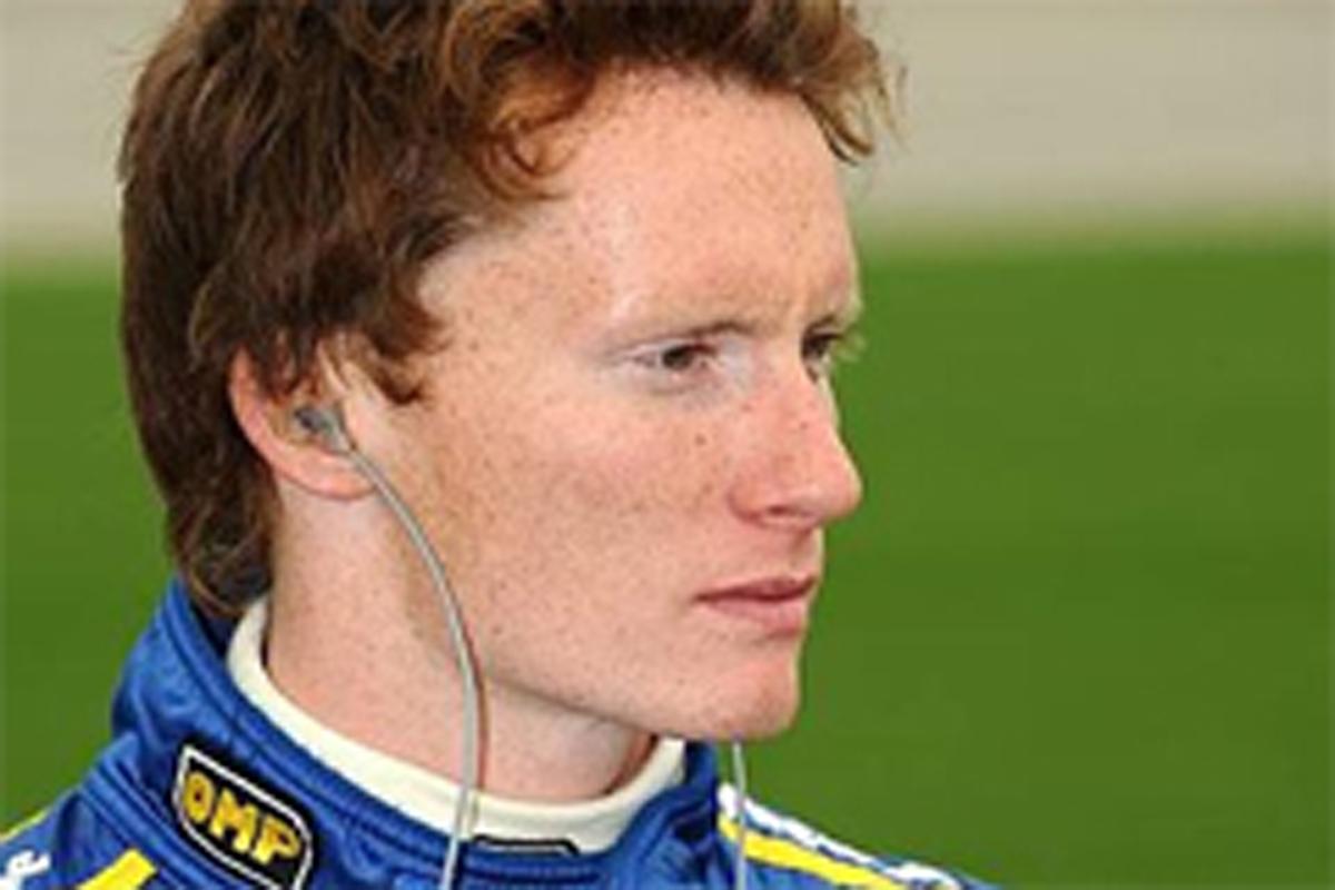 メルセデスGPのテストに参加するマイク・コンウェイ