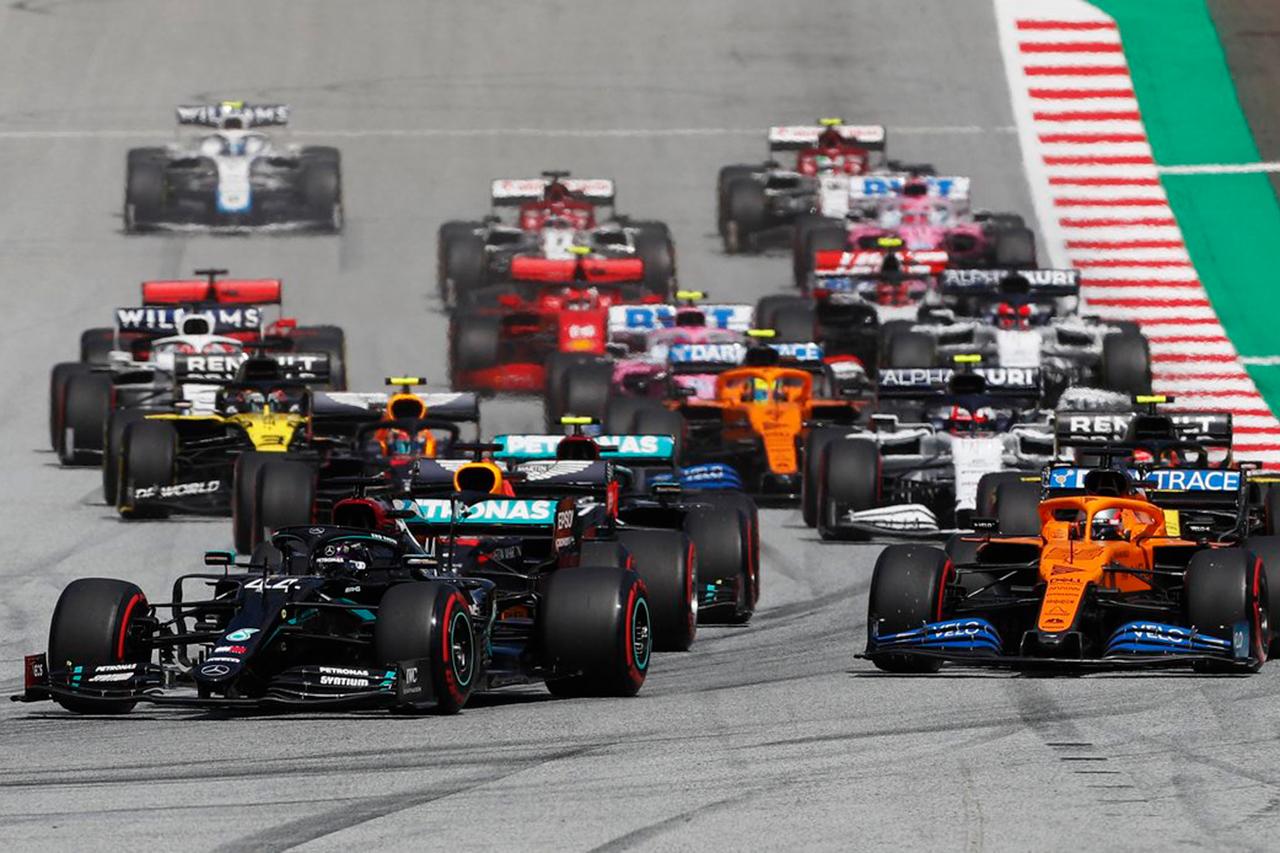 F1シュタイアーマルクGP 決勝:ハミルトンがポール・トゥ・ウィン。レッドブル・ホンダF1のフェルスタッペンが3位表彰台