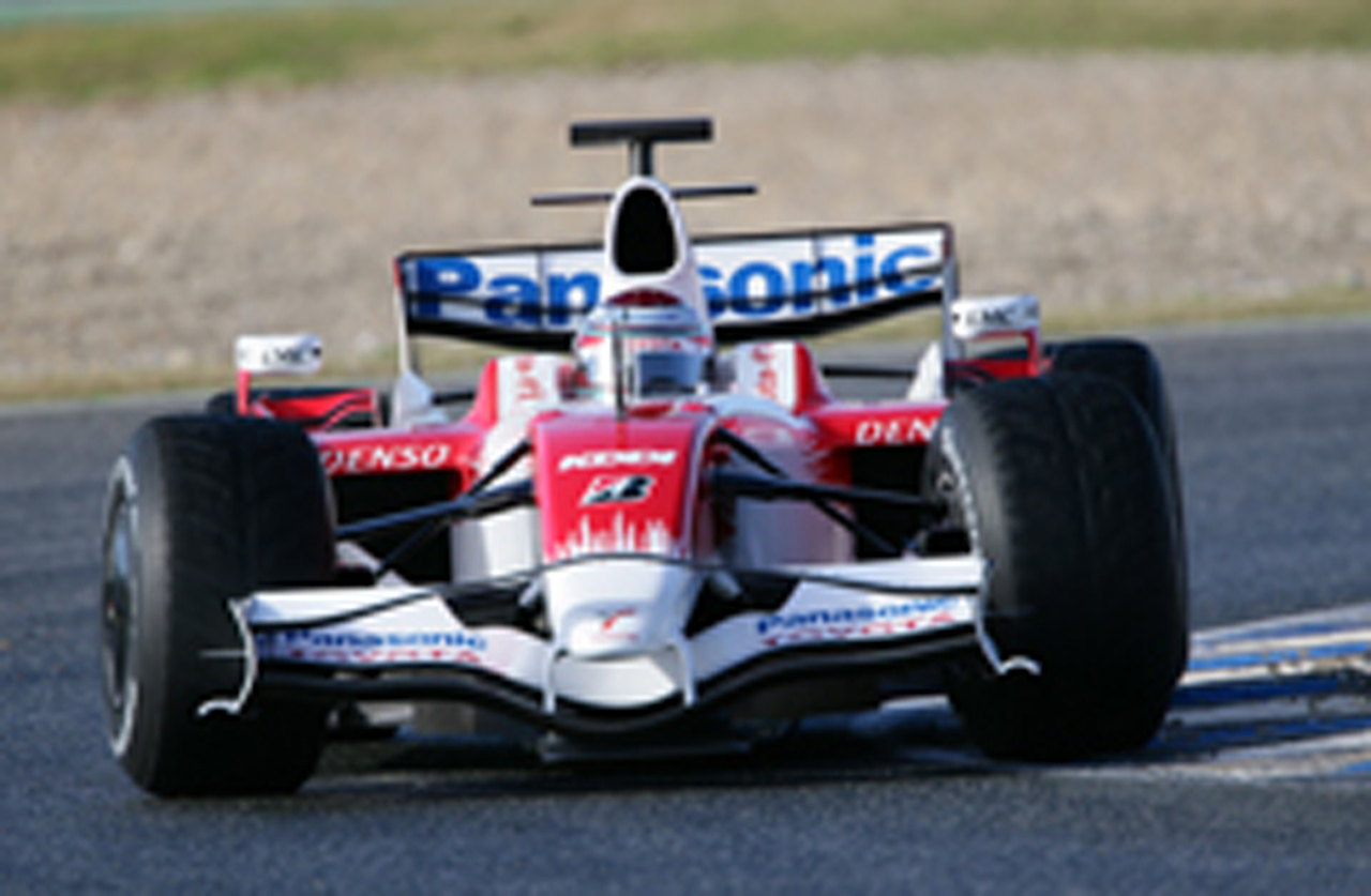新型TF108をドライブするヤルノ・トゥルーリ