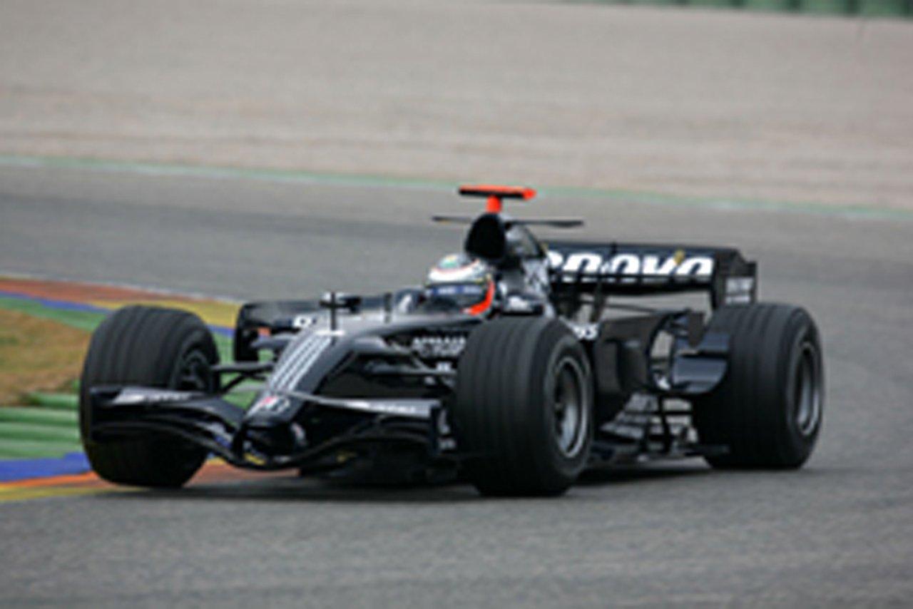 (画像)ウィリアムズ、新型マシン「FW30」をシェイクダウン