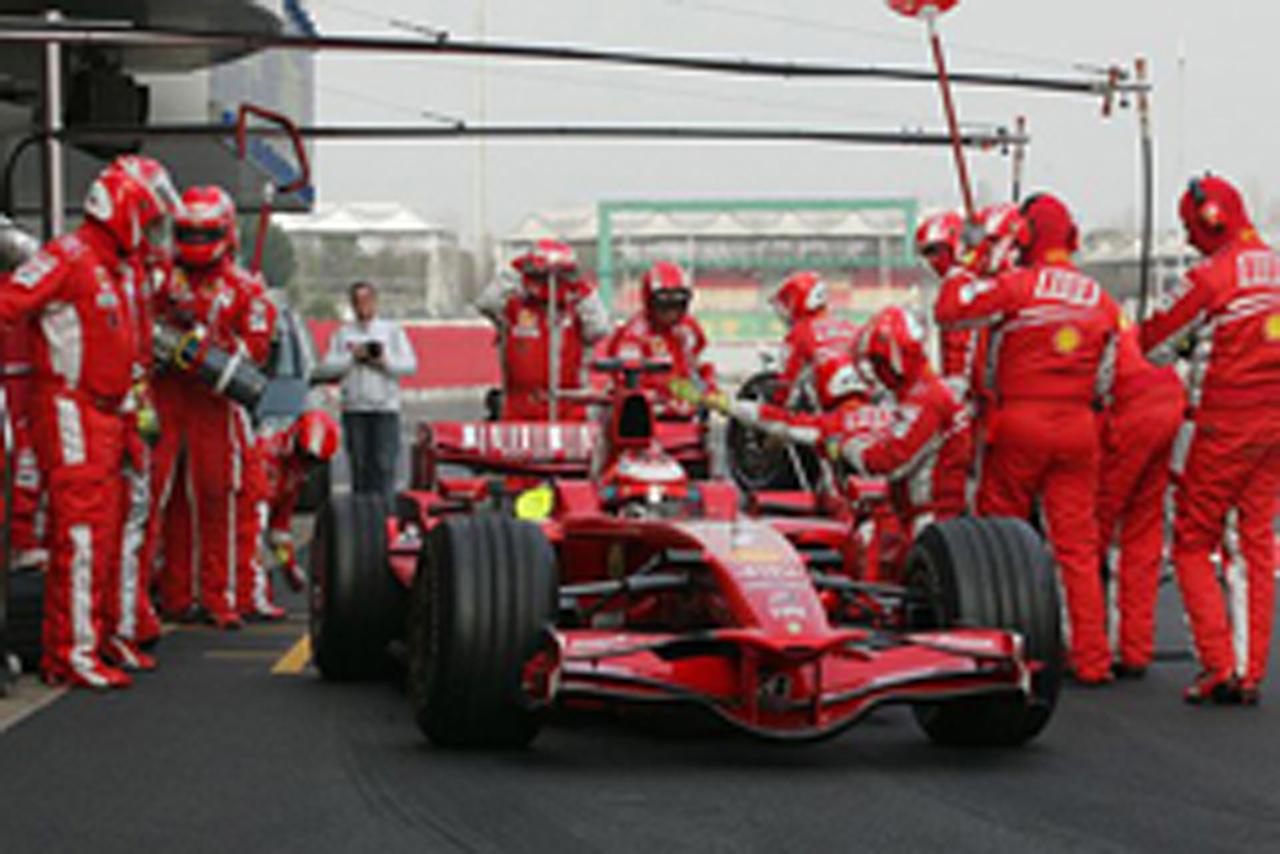 レースシミュレーションを行ったフェラーリのキミ・ライコネン