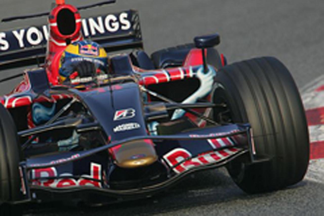 レース週末のシミュレーションを行ったセバスチャン・ブルデー(画像)