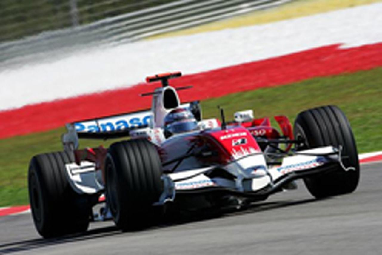 トゥルーリが6番手タイムを記録したトヨタ(画像)