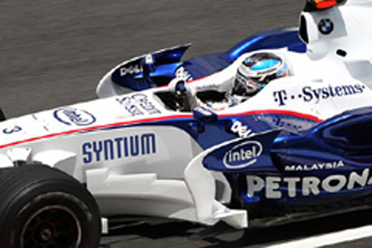 BMWのニック・ハイドフェルドがトップタイム(画像)