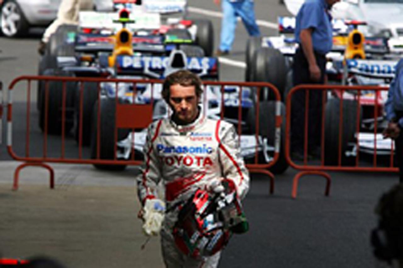 チームのミスで多くのポイントを逃したヤルノ・トゥルーリ(トヨタ)