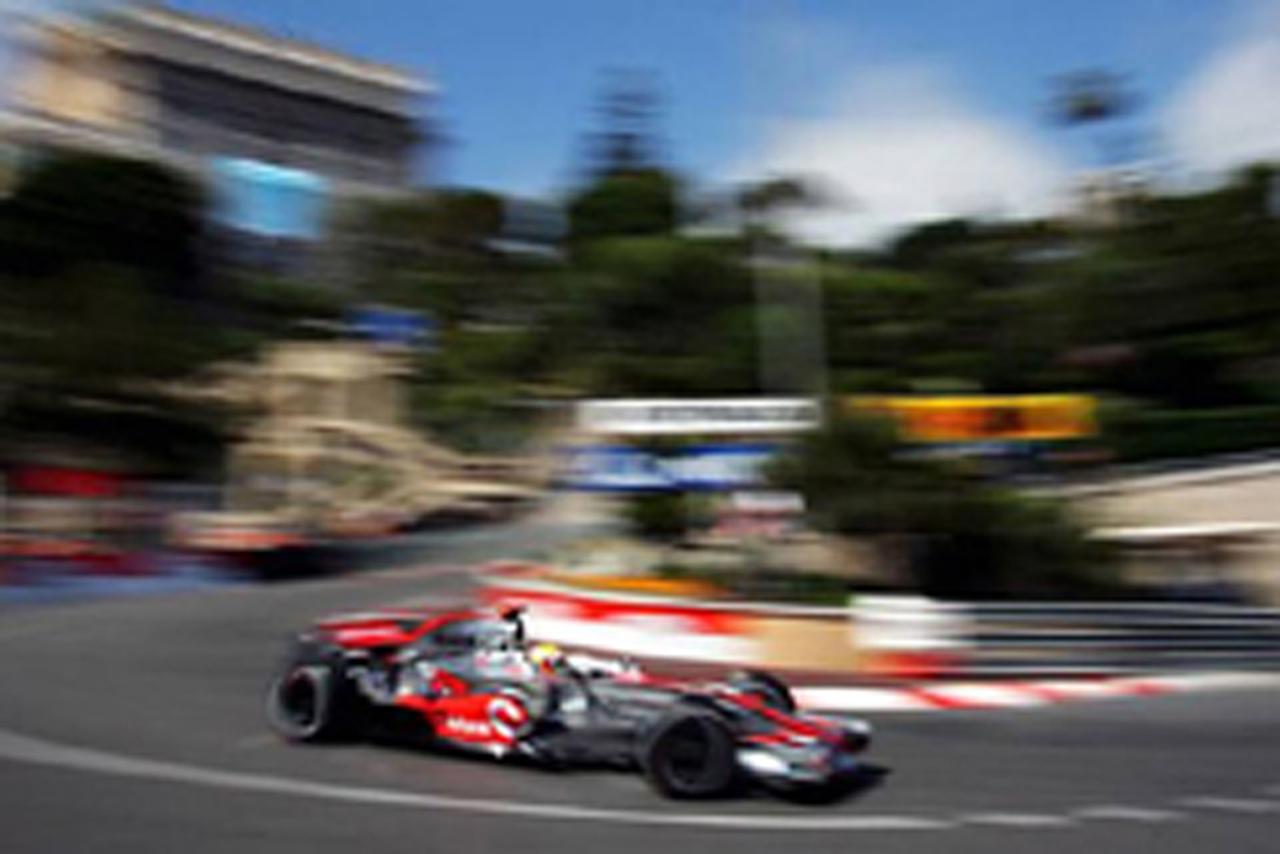 フリー走行2回目のトップはルイス・ハミルトン(モナコGP)