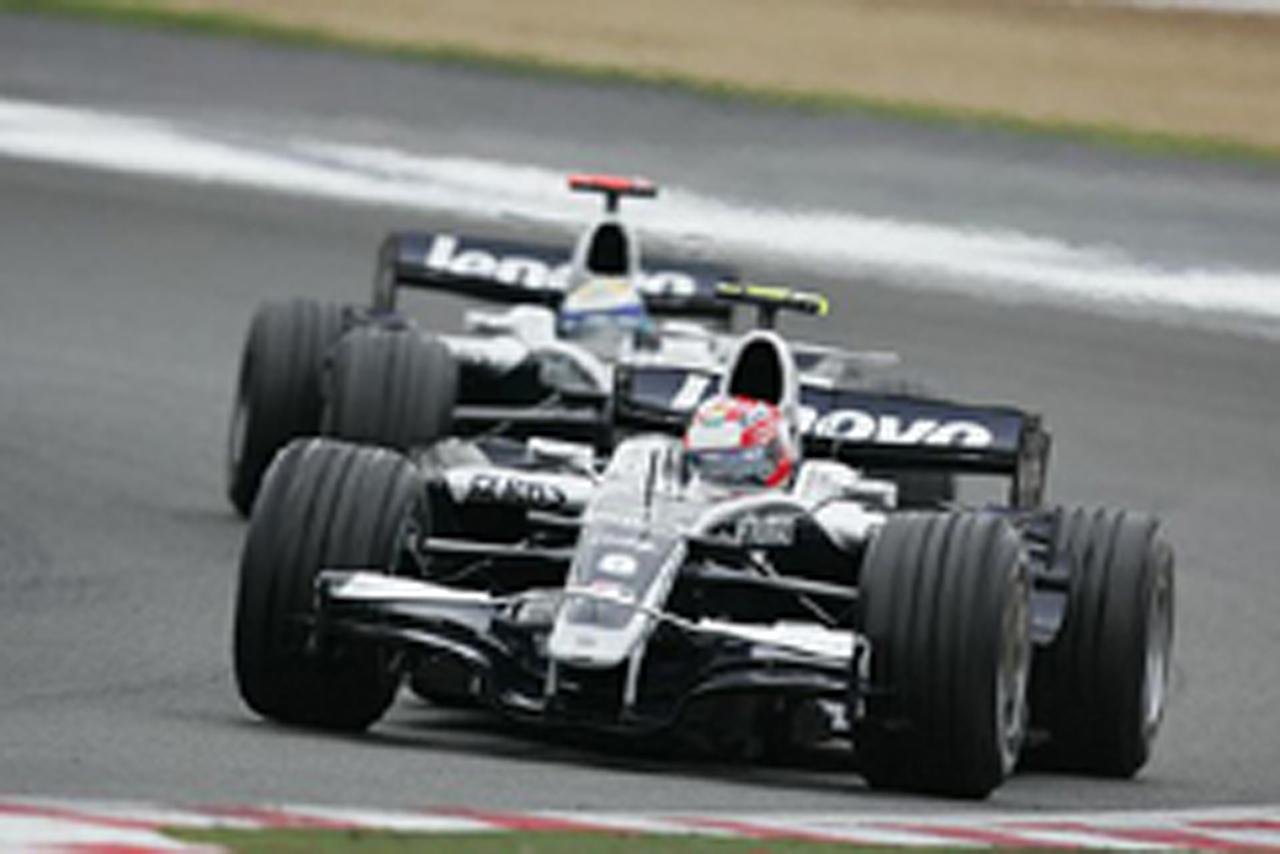 中嶋一貴とニコ・ロズベルグ(フランスGP)