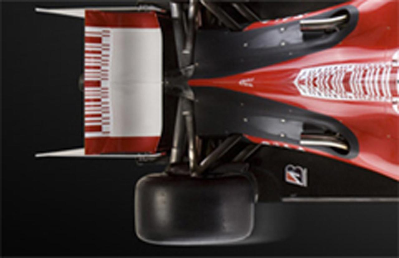 フェラーリ F60のエギゾースト処置