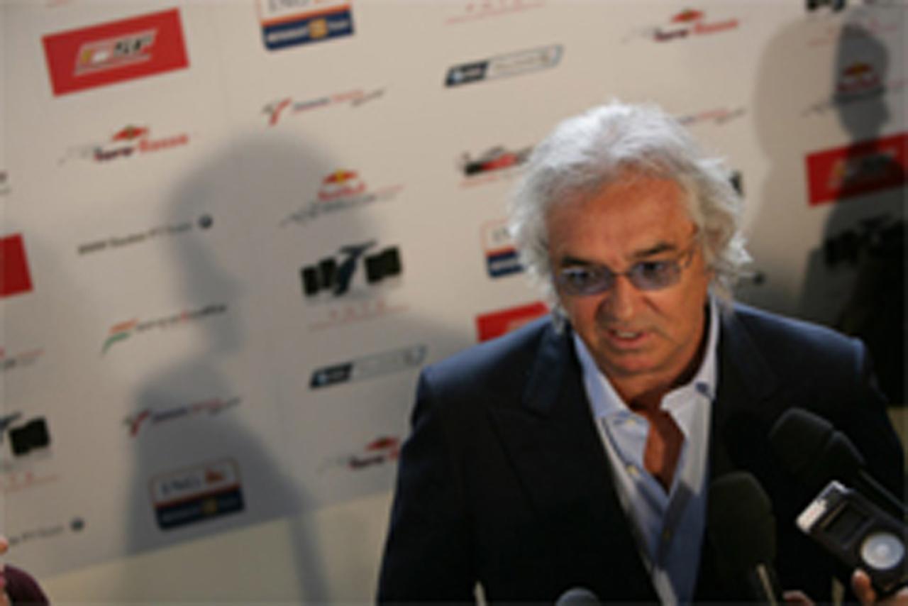 フラビオ・ブリアトーレ (ルノー)