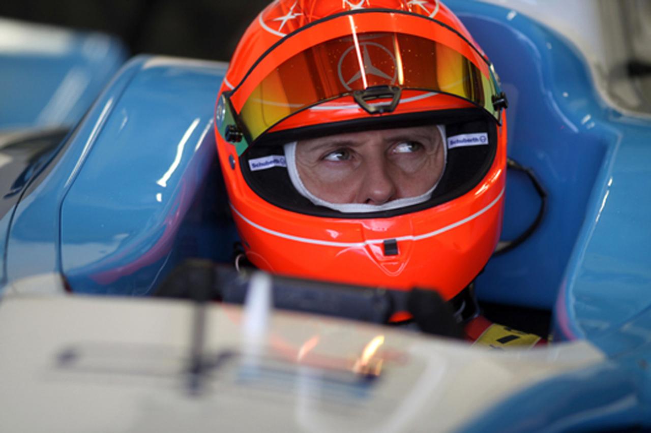 ミハエル・シューマッハ GP2マシンで走行(画像)