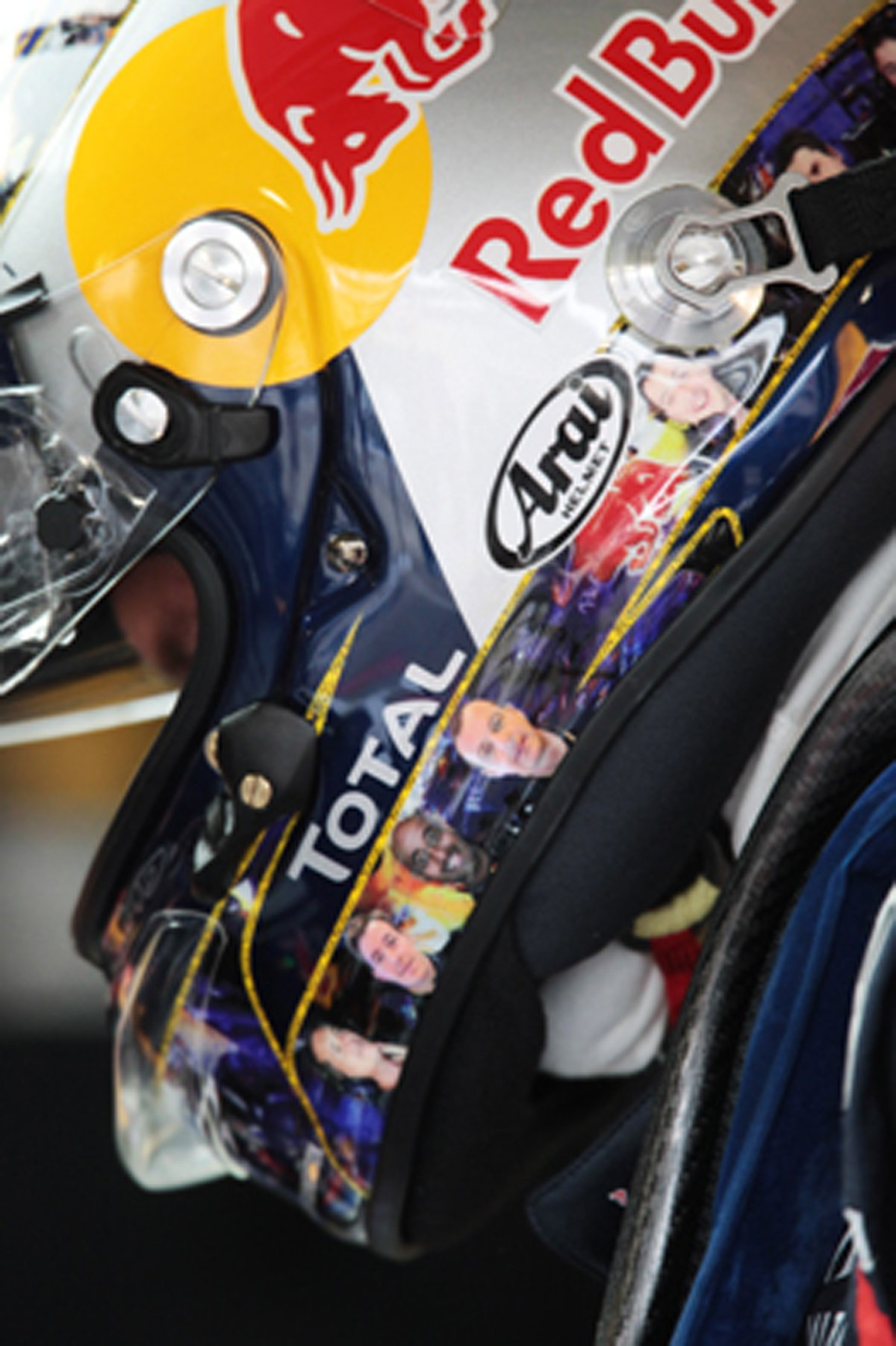 セバスチャン・ベッテル ヘルメット F1イギリスGP
