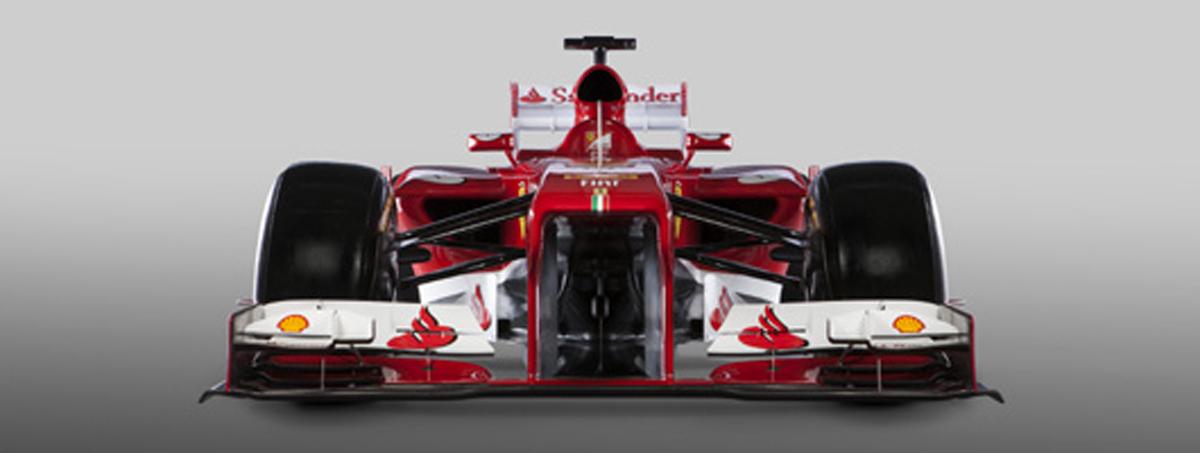フェラーリ F138 (フロント)