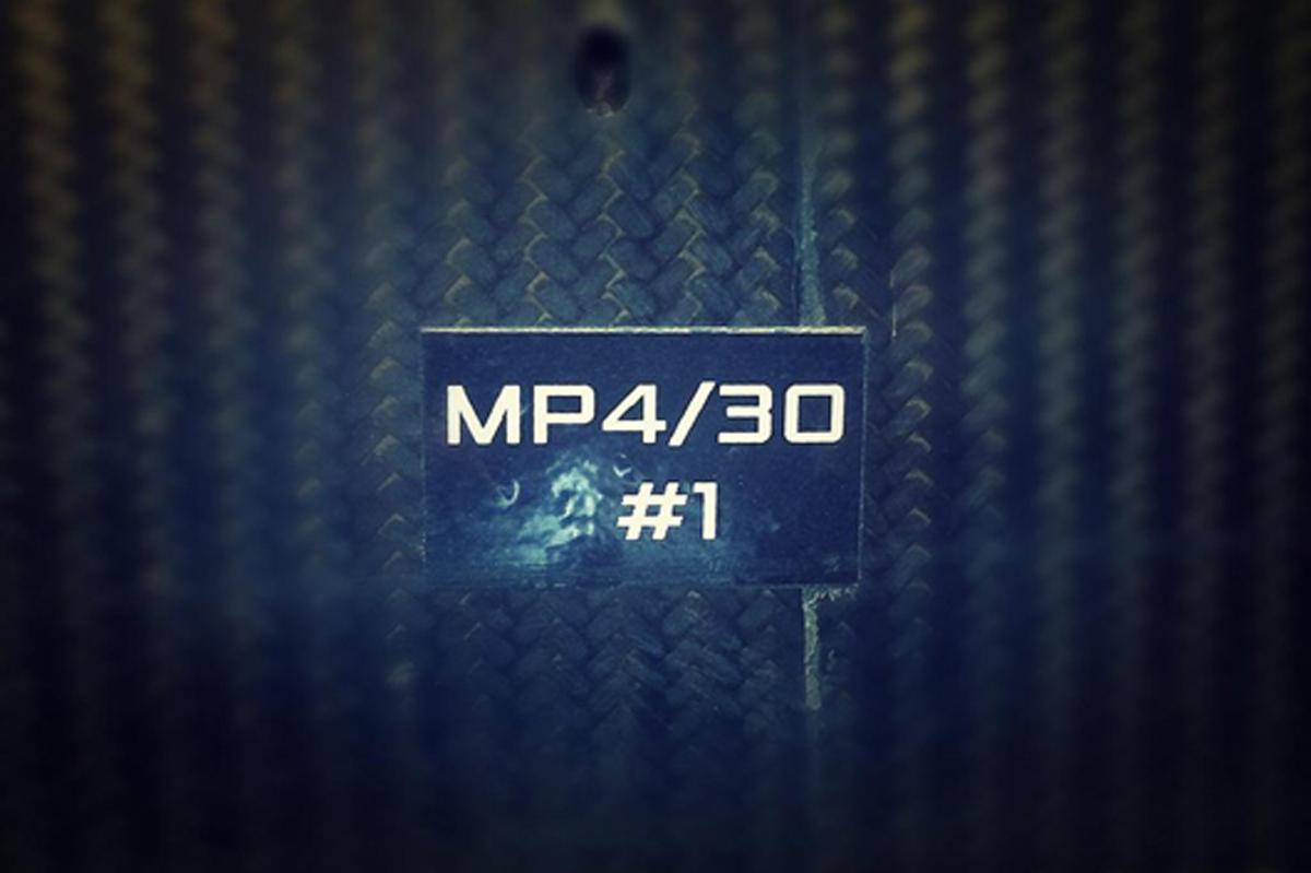 マクラーレン MP4/30