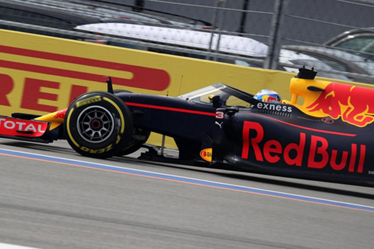 F1 ロシアGP フリー走行1回目 速報