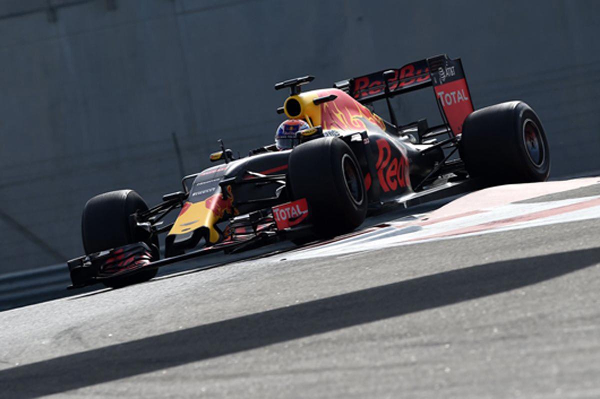 ピレリ 2017 F1 タイヤ