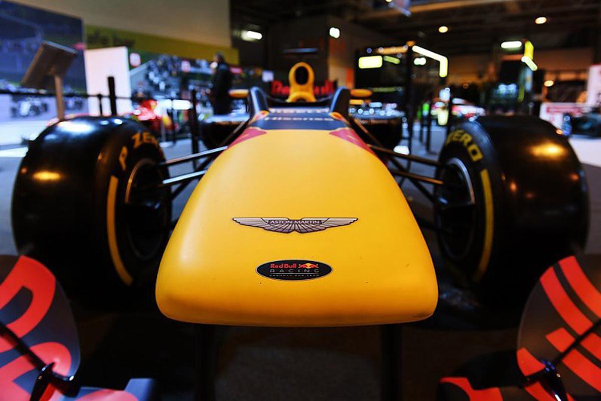 F1 アストンマーティン