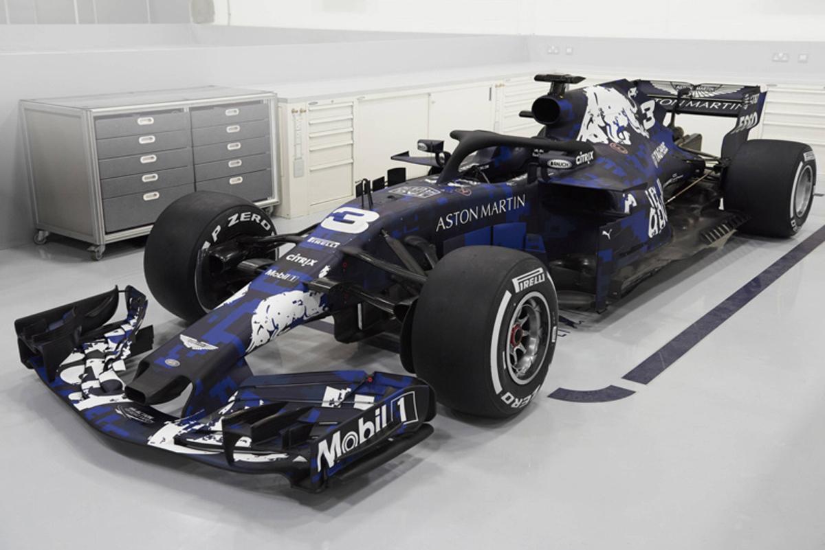アストンマーティン・レッドブル・レーシング RB14