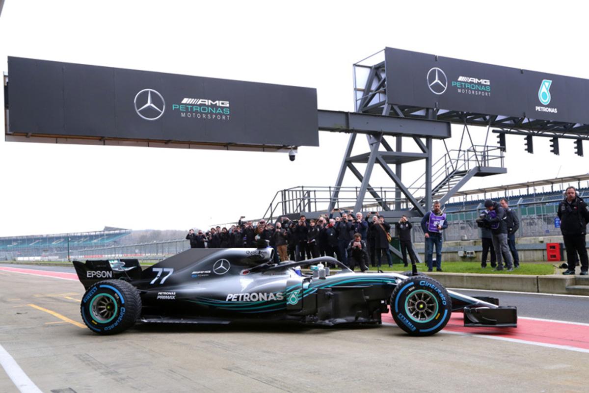 F1 メルセデスAMG F1 W09