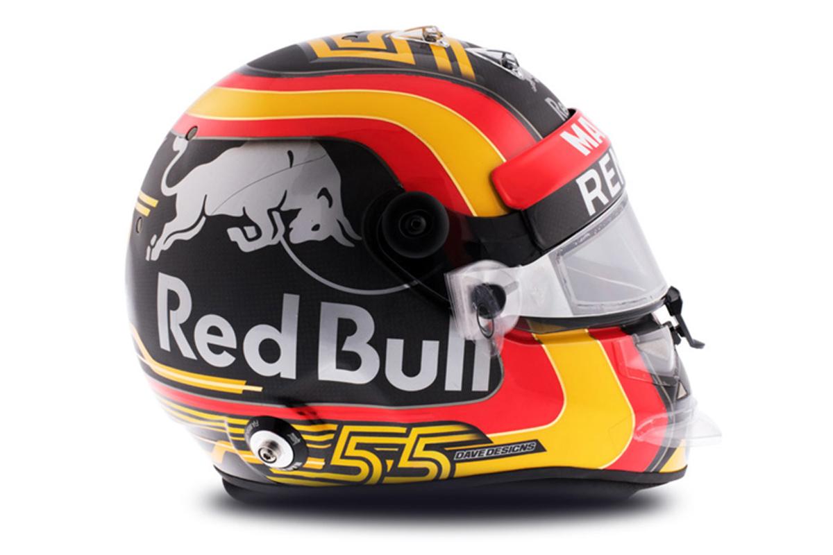 カルロス・サインツ 2018年 F1ヘルメット 写真