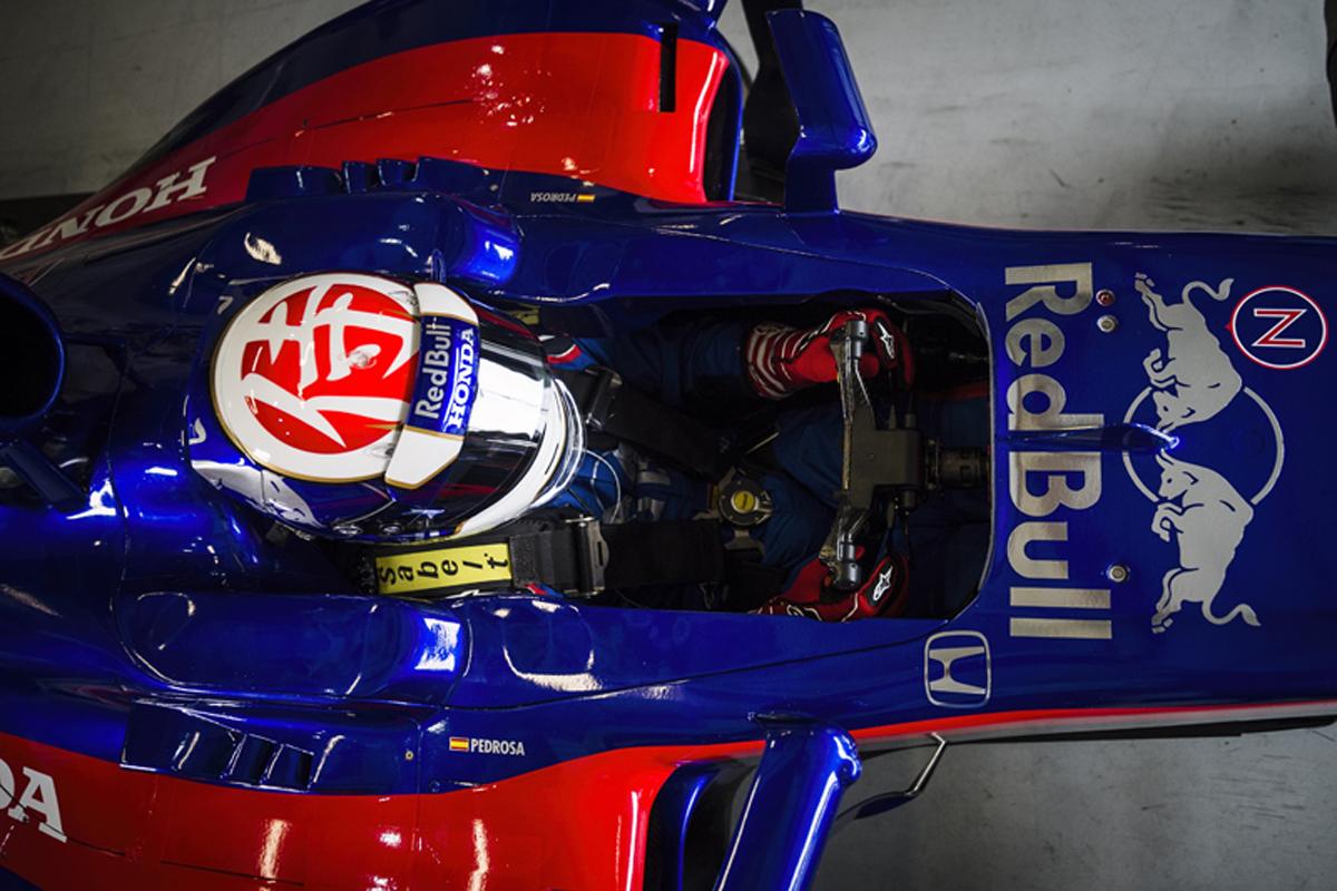 ダニ・ペドロサ、トロロッソ・ホンダ仕様のマシンでF1初走行(写真03)