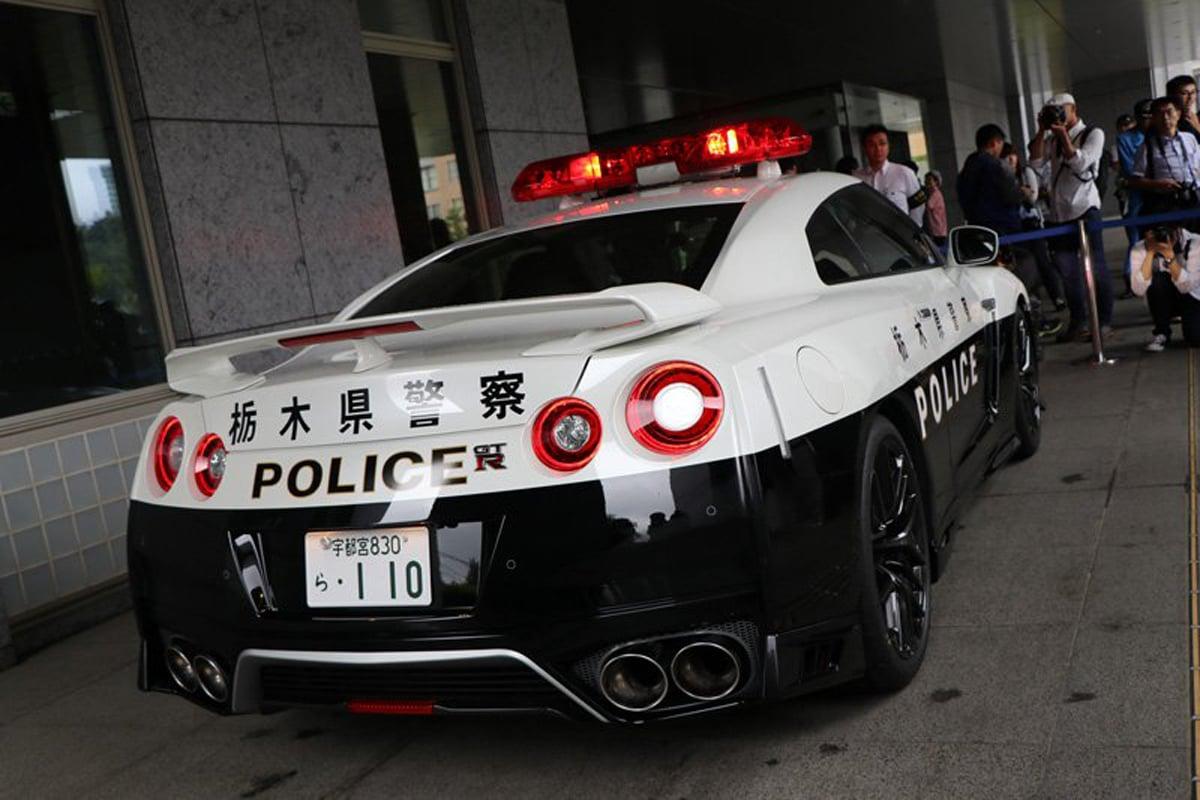 栃木県警 GT-R パトカー