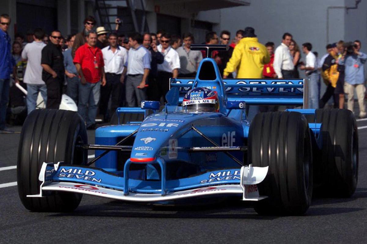 ベネトン B201 (2002年)   フェルナンド・アロンソ 歴代F1マシン