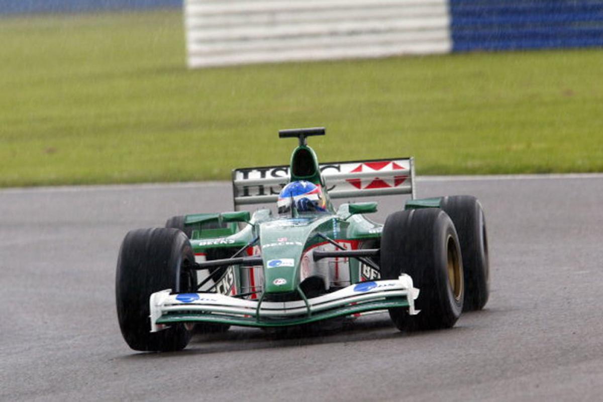 ジャガー R3 (2002年)   フェルナンド・アロンソ 歴代F1マシン