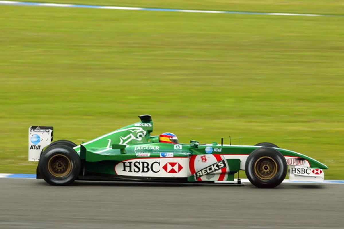 ジャガー R3 (2002年)②   フェルナンド・アロンソ 歴代F1マシン