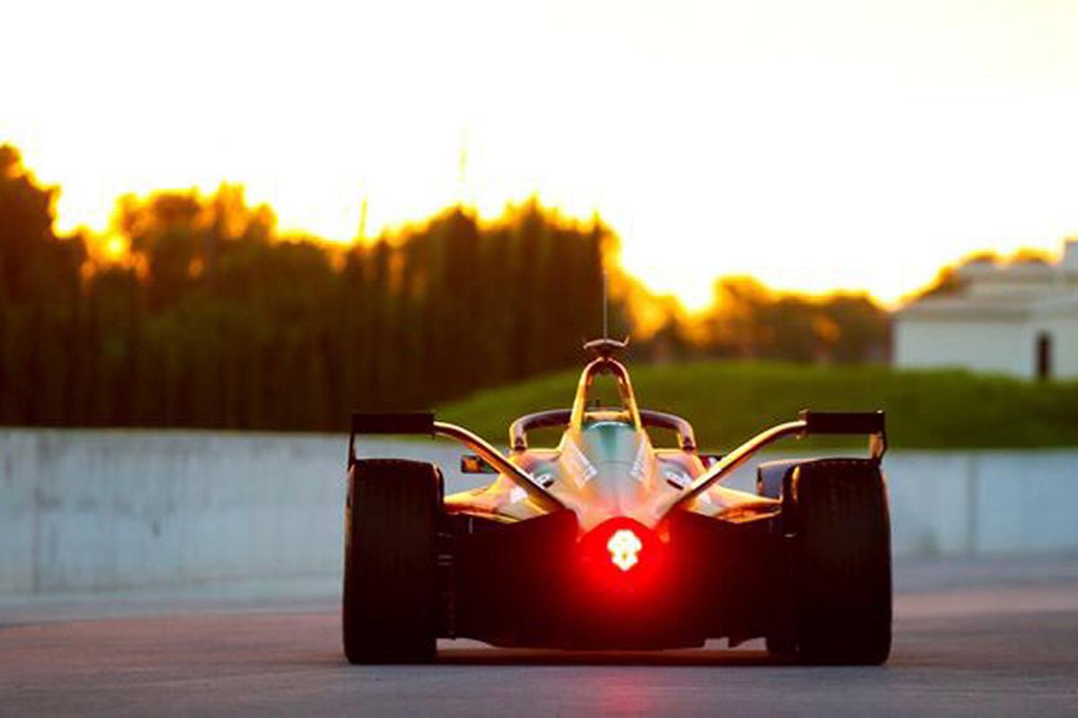 F1 フォーミュラE ニコ・ロズベルグ