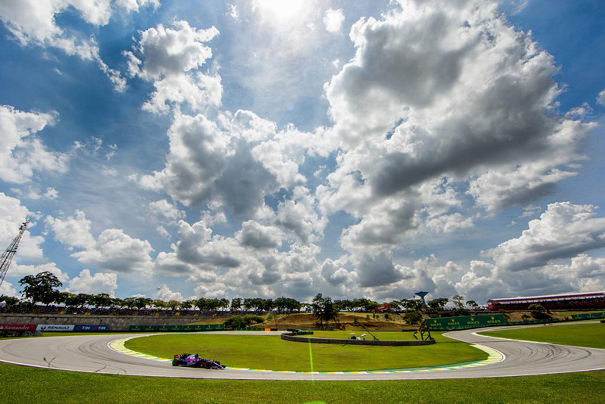 F1 ブラジルGP ピレリ