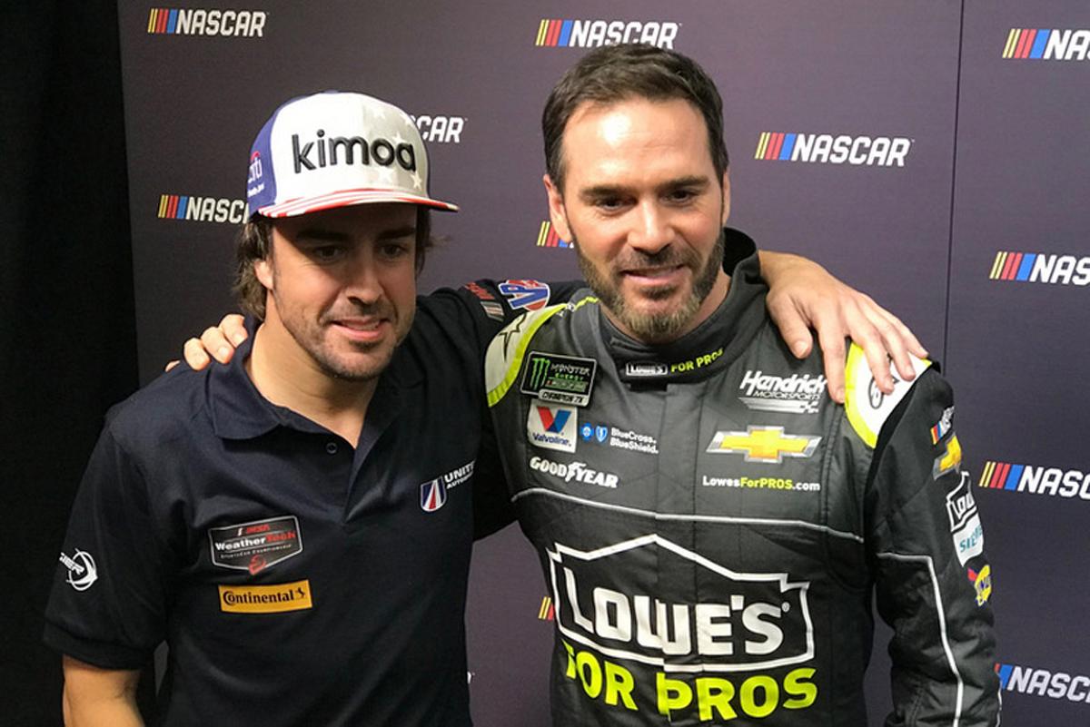 F1 フェルナンド・アロンソ NASCAR