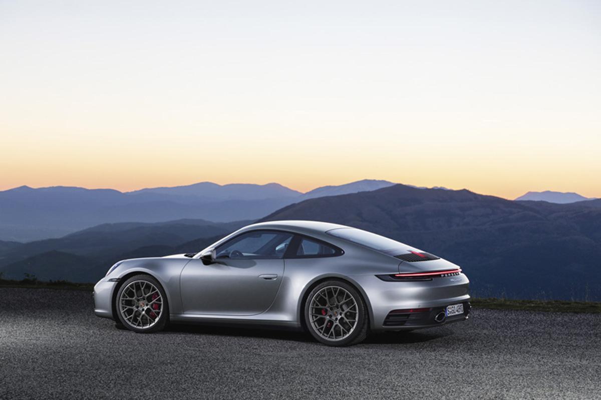 ポルシェ 新型911明確なデザインランゲージ、紛れもないアイデンティティー