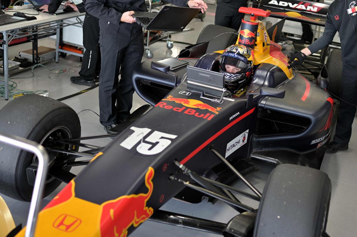F1 ダニエル・ティクトゥム スーパーフォーミュラ