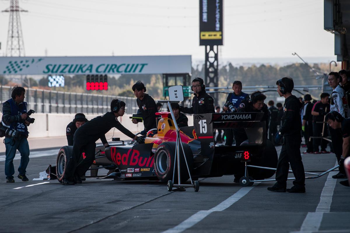 F1 スーパーフォーミュラ