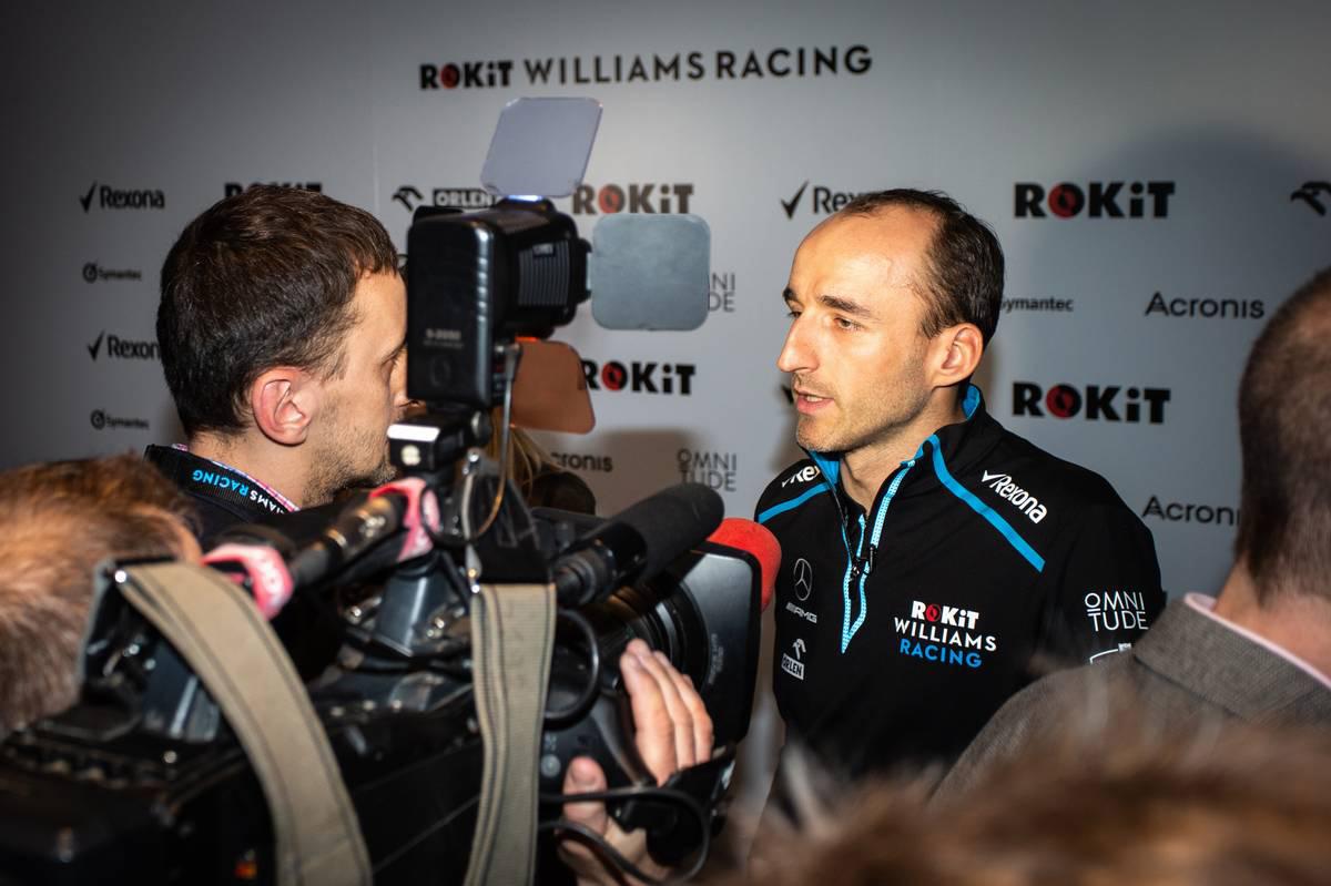 ロバート・クビサ 囲み取材 | ROKiT Williams Racing
