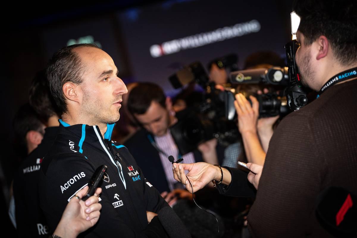 ロバート・クビサ 囲み取材②  | ROKiT Williams Racing