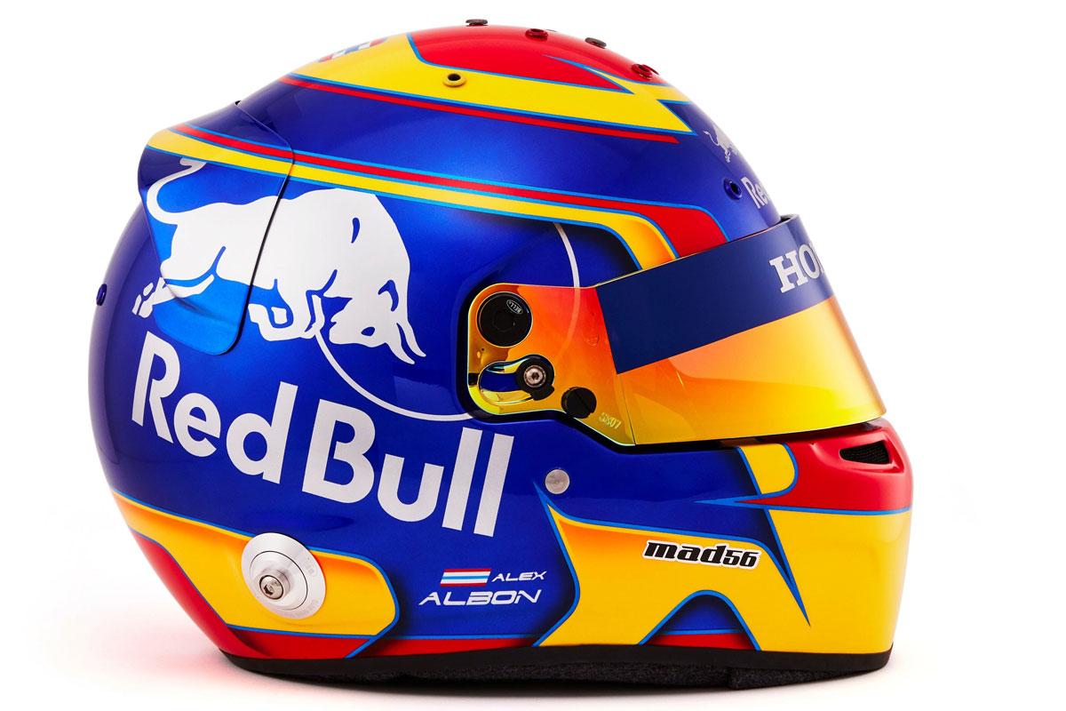 アレクサンダー・アルボン 2019年 F1ヘルメット