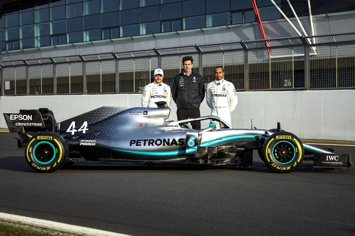 F1 メルセデスAMG F1 W10