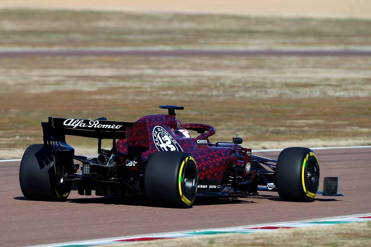 アルファロメオ・レーシング 2019年F1マシン ⑤