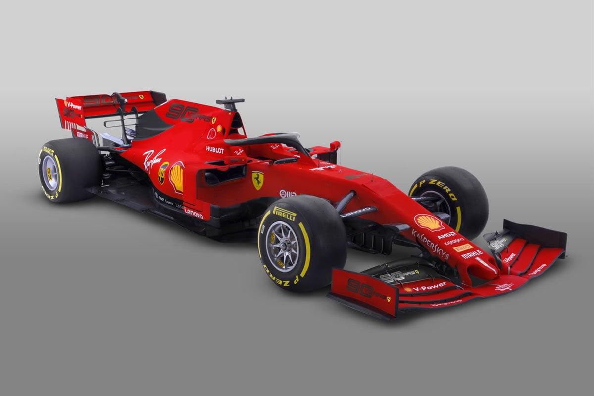 """フェラーリ、開幕戦では""""Mission Winnow""""に代えて90周年ロゴを掲載"""