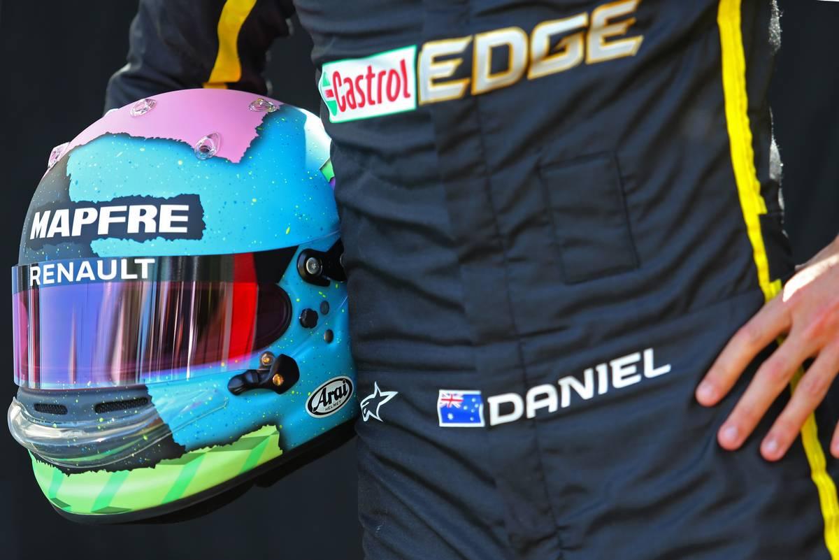 Daniel Ricciardo 2019 F1 ヘルメット