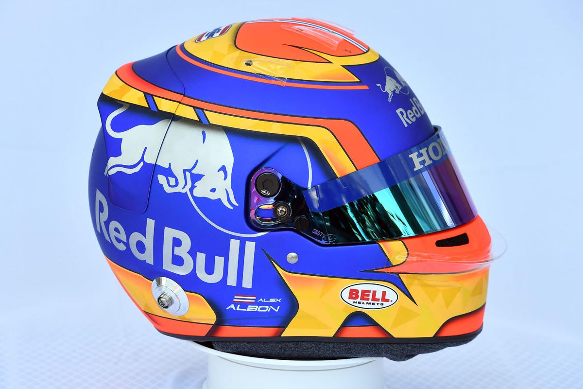 アレクサンダー・アルボン:2019年 F1ヘルメット