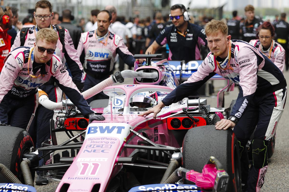 F1 メルセデス レーシングポイント