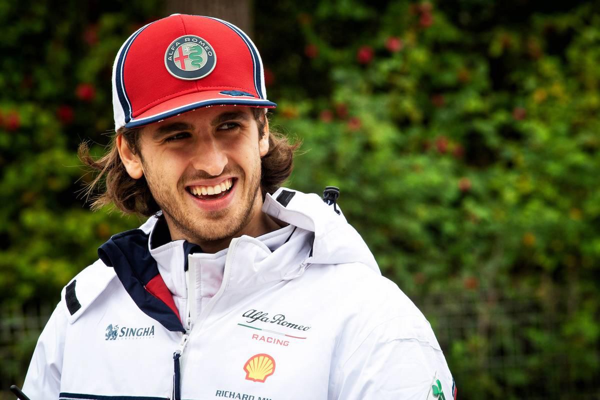 F1 アントニオ・ジョビナッツィ