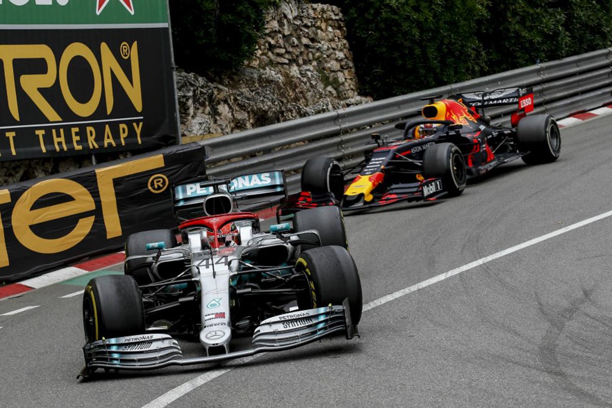 F1 メルセデス レッドブル