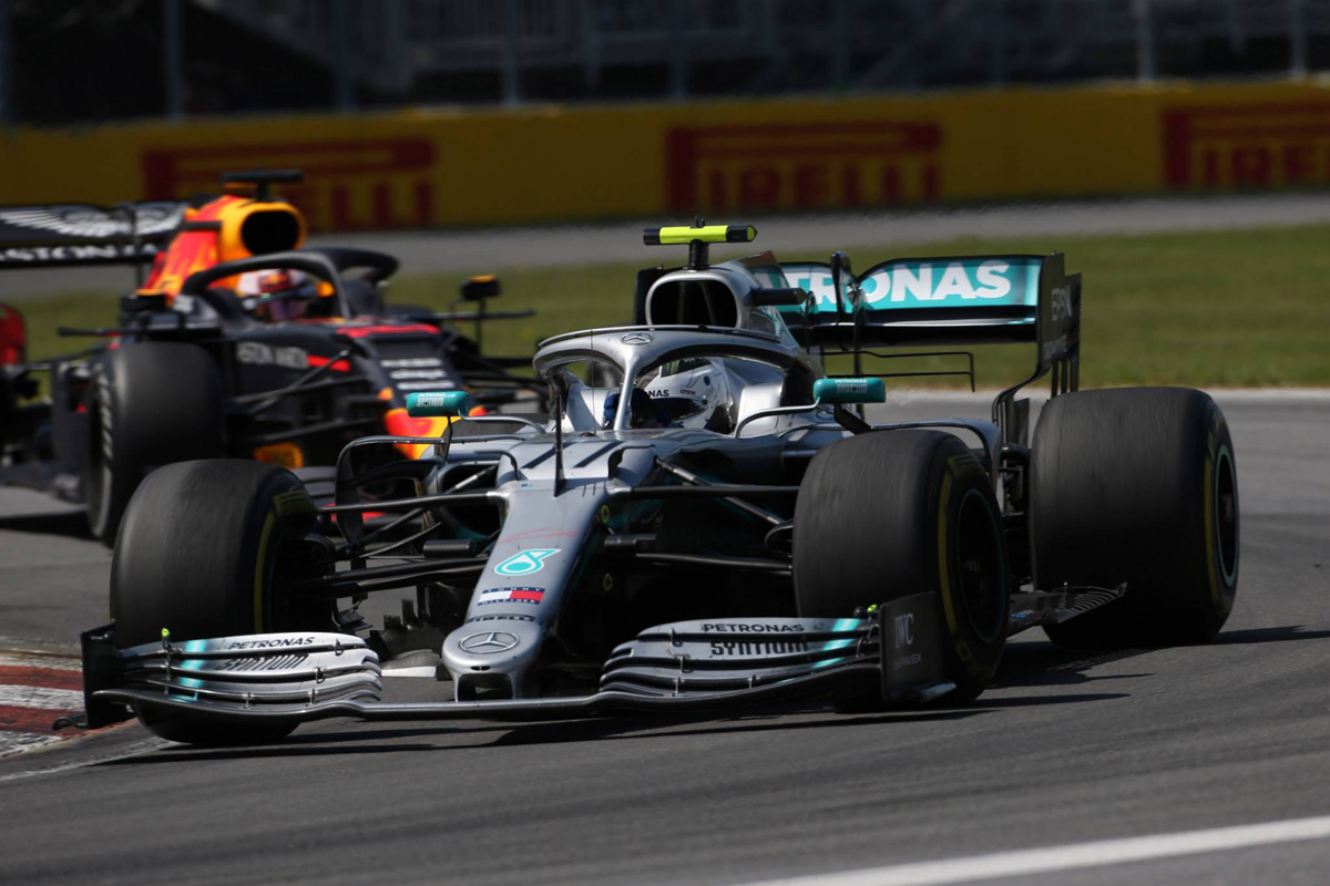 F1 メルセデス ピレリ