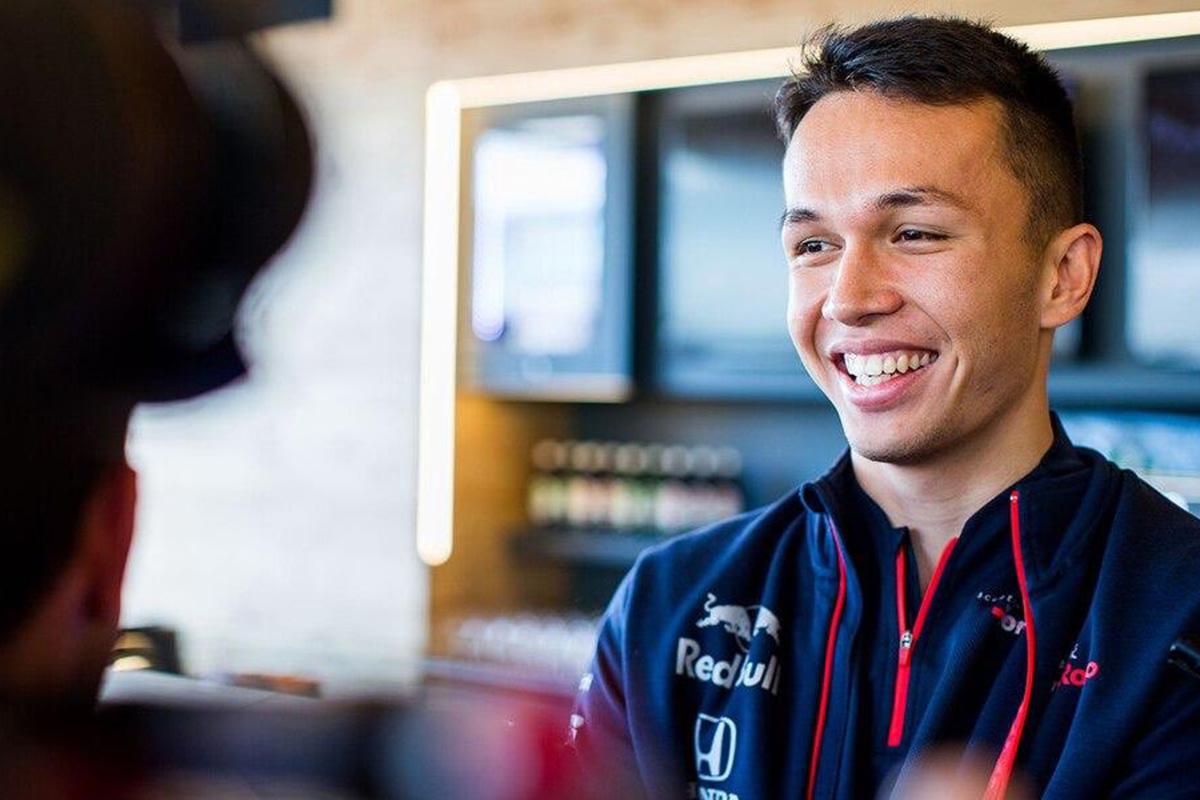 F1 アレクサンダー・アルボン レッドブル・ホンダ
