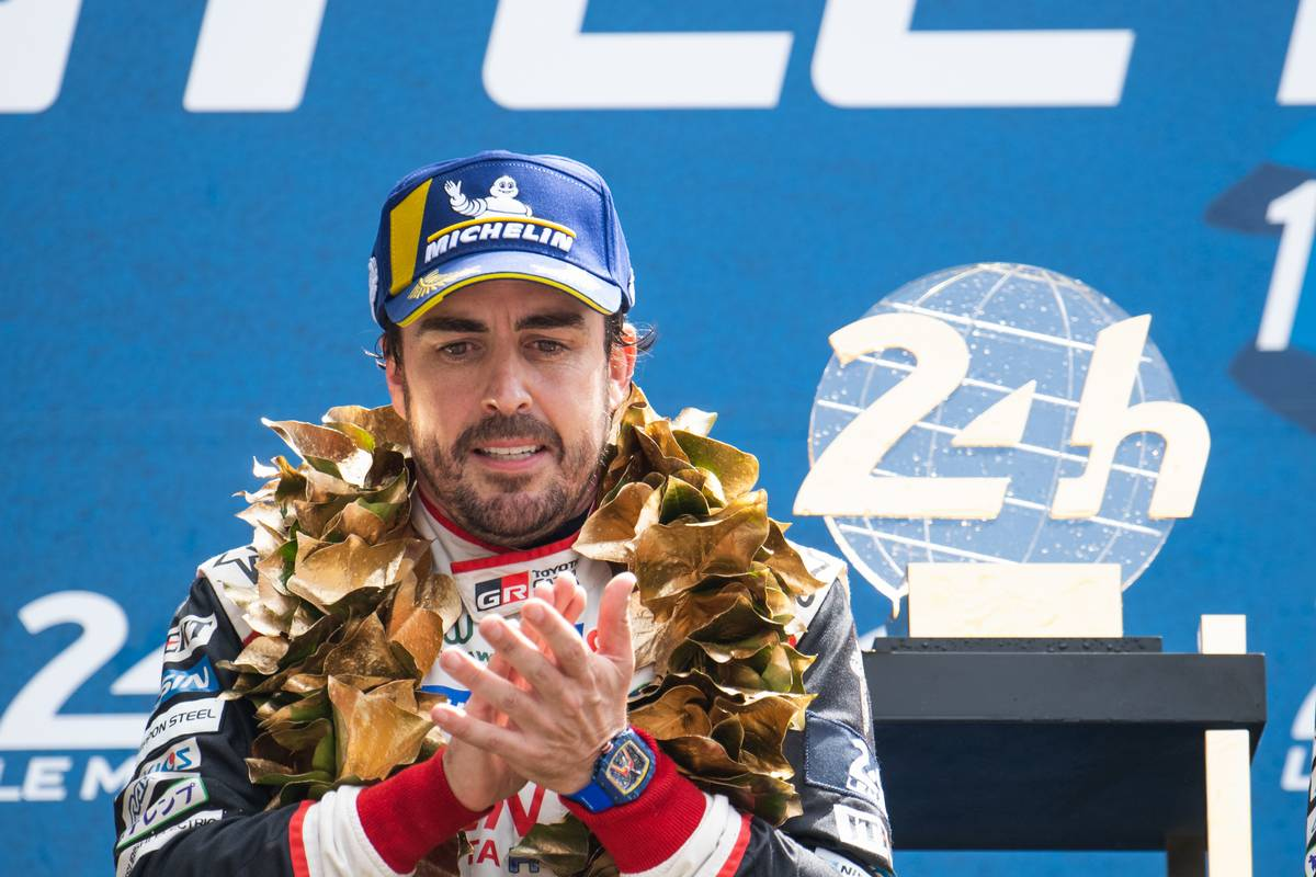 F1 レッドブル フェルナンド・アロンソ
